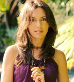 Bringing the Sunshine Back: An Interview with Susanna Hoffs